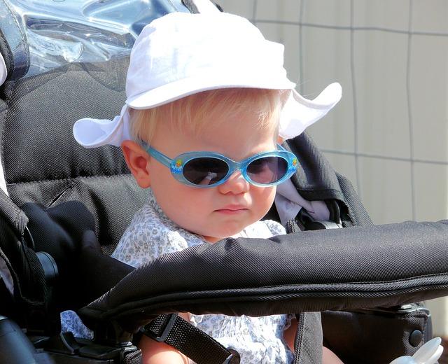 車社会の地方で子育てするならベビーカーは不要!買うなら必要性を感じてからで間に合う
